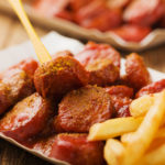 Sapore Catering, Tutzing - Currywurst und Pommes Frites